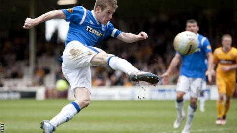 Steven Davis finished the season as Rangers captain