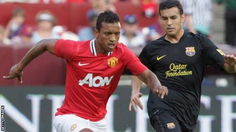 Nani and Pedro battle for the ball in Washington DC.