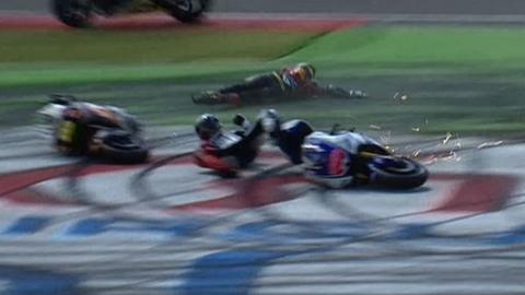Jorge Lorenzo crashes out