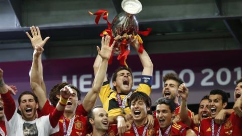 Spain lift Euro 2012 trophy