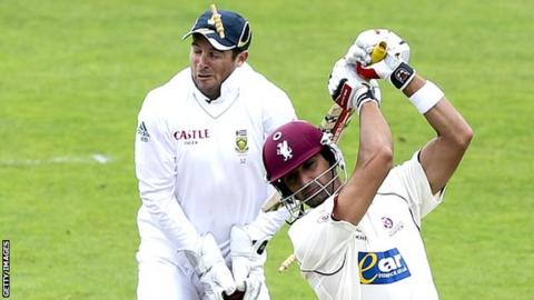 Mark Boucher is hit in the eye by a bail at Taunton