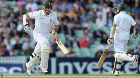 Graeme Smith and Hashim Amla