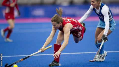 Sarah Thomas in action for Team GB
