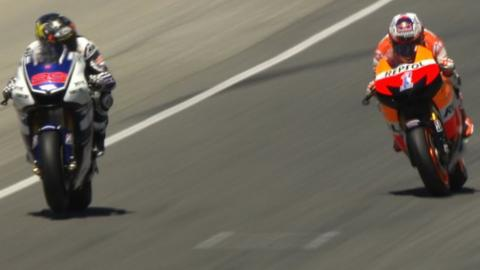 Casey Stoner passes Jorge Lorenzo