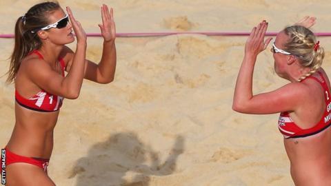 Zara Dampney and Shauna Mullin