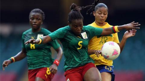 Cameroon women in action against Brazil women