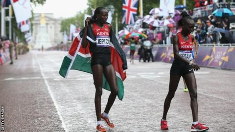 Priscah Jeptoo and Mary Jepkosgei Keitany in the women's marathon