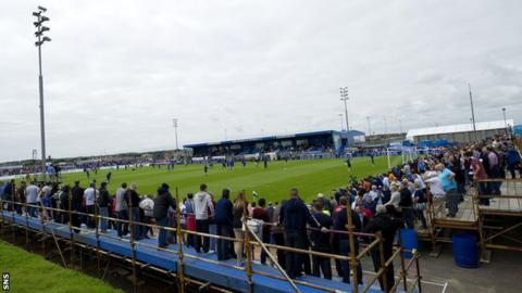 Rangers drew nearly 4,500 fans to Balmoor Stadium