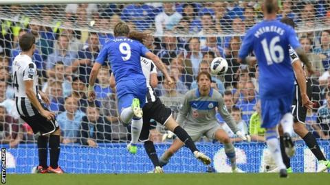 Chelsea's Fernando Torres celebrates scoring