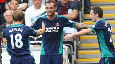 Steven Fletcher celebrates after scoring for Sunderland
