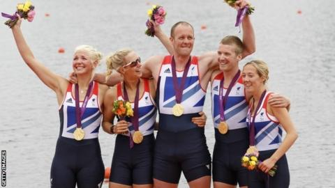 Britain's Pamela Relph, Naomi Riches, Davis Smith, James Roe and Lily van den Broecke