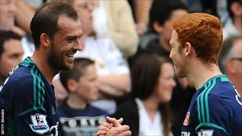 Steven Fletcher and Jack Colback celebrate