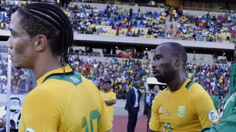 Steven Pienaar and Siyabonga Nomvete