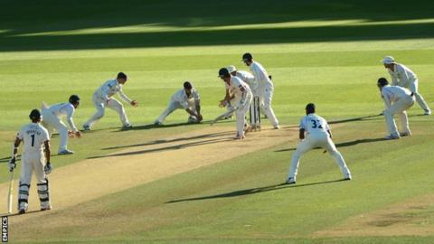 Gareth Berg takes winning catch to send Lancashire down