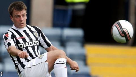 St Mirren forward Paul McGowan
