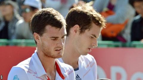 Jamie Murray (left) and Andy Murray (right)