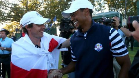 Rory McIlroy (left) and Tiger Woods