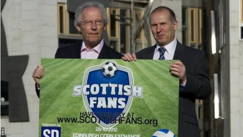 Henry McLeish with Supporters Direct Scotland's Paul Goodwin