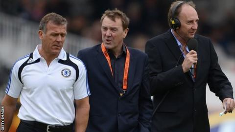Alec Stewart, Phil Tufnell and Jonathan Agnew