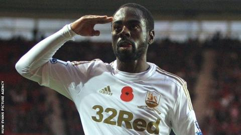 Nathan Dyer celebrates Swansea's equaliser