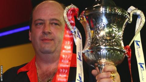 Ted Hankey won the BDO World Championships in 2000 and 2009
