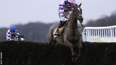 Silviniaco Conti on his way to victory at Haydock in the Betfair Chase