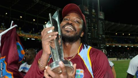 West Indies star batsman Chris Gayle lifting the T20 World Cup