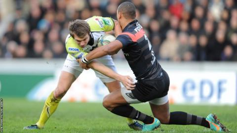 There's no way through for Dan Biggar of the Ospreys.