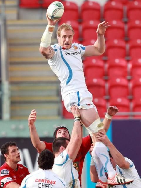 Former Scarlets lock Damian Welch takes this line-out against his former team in the Heineken Cup
