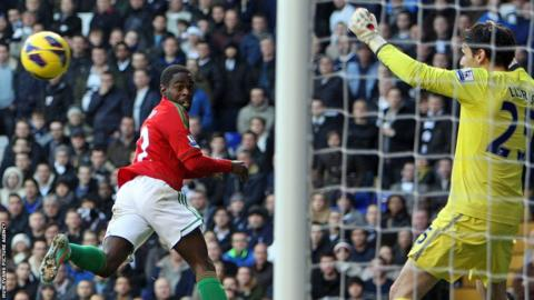 Winger Nathan Dyer goes close with a header for Swansea