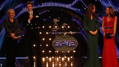 Bradley Wiggins wins 2012 Sports Personality of the Year