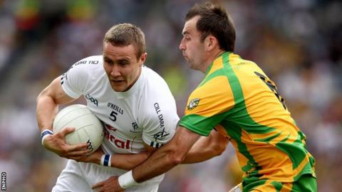Donegal's Karl Lacey battles with Kildare's Brian Flanagan in the 2011 All-Ireland quarter-final