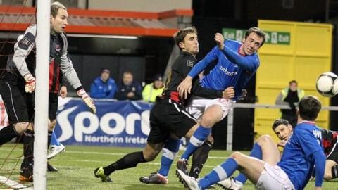 Crusaders v Linfield