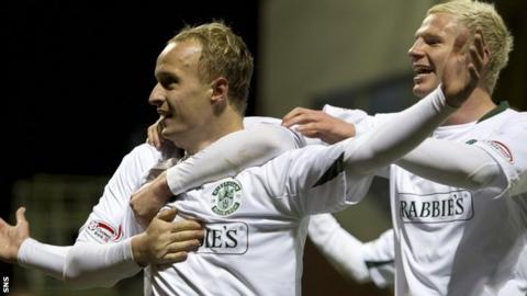 Leigh Griffiths and Ryan McGivern celebrate for Hibs