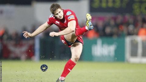Aled Thomas kicks for goal for the visitors at Ravenhill