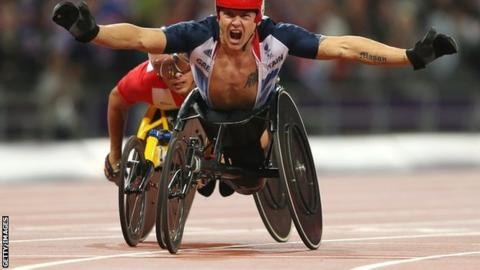 David Weir wins gold for Great Britain at the London 2012 Paralympics