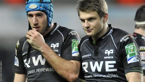 Justin Tipuric and Dan Biggar contemplate another unsuccessful Heineken Cup campaign for the Ospreys after a 15-15 at home to Leicester ends their quarter-final hopes