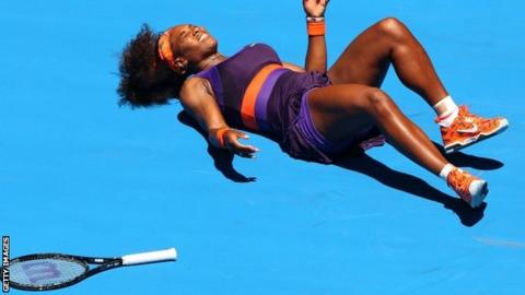 Serena Williams hurts her ankle