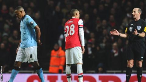 Manchester City captain Vincent Kompany is sent off at Arsenal
