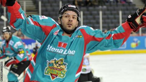 Colin Shields put the Giants into an early lead against Fife Flyers
