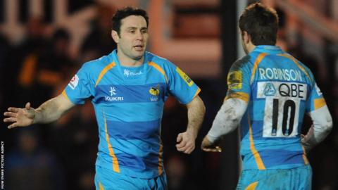 Stephen Jones replaces Wasps' fellow Welsh fly-half Nicky Robinson