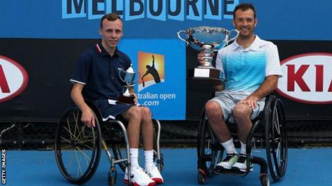 Andrew Lapthorne (left)