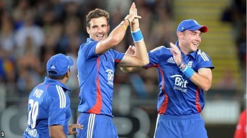 Steve Finn, Stuart Broad & Samit Patel celebrate