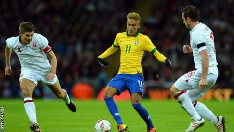 Neymar (centre) controls the ball under pressure from Steven Gerrard (left) and Frank Lampard