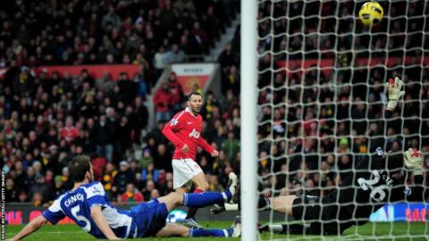 Ryan Giggs scores for Manchester United against Birmingham City during 2010-11 season