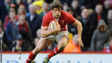 Wales scrum-half Lloyd Williams