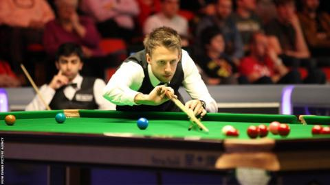 Judd Trump plays a shot during his 5-2 quarter-final win over Pankaj Advani at the Welsh Open