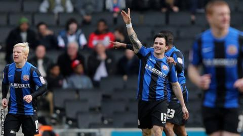Chris Dagnall (c)