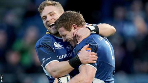 Ian Madigan congratulates Sean Cronin after the Leinster hooker scored a try in the win over Treviso