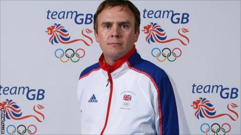 GB and England coach Bobby Crutchley